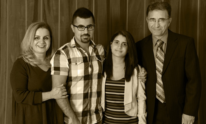 Wide Angle Video & Photography - Centretown - Downtown: $39 for a 30-Minute Family Photo Shoot Including Prints and Slide-Show CD at Wide Angle Video & Photography ($150 Value)