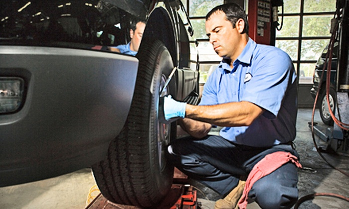 Southeast Automotive - Woodycrest: $19 for Car Maintenance with a Lube and Oil Change, Fluid Top Off, Tire Rotation, and Inspection at Southeast Automotive ($62.95 Value)
