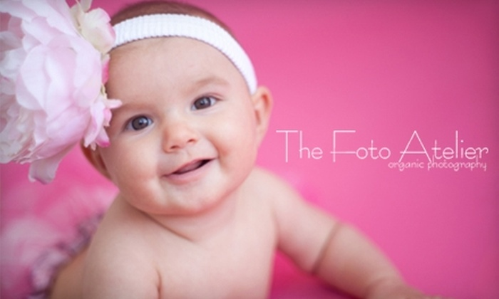 The Foto Atelier - Southside: $35 for a One-Hour Photo Session and DVD Slideshow from the Foto Atelier ($180 Value)