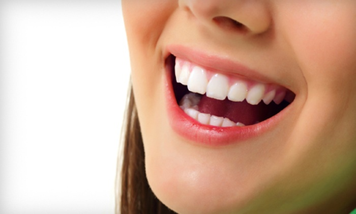 Hanson Place Dental Associates - Brooklyn Heights: $39 for Dental Exam, Cleaning, and X-rays at Hanson Place Dental Associates in Brooklyn ($195 Value)