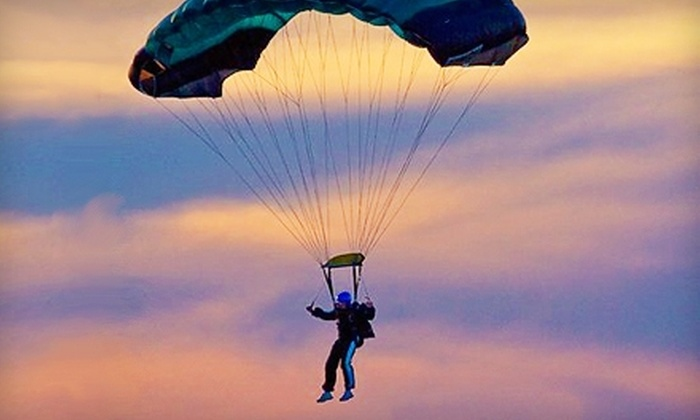 Southern Minnesota Skydiving - LeSueur: $99 for a Static-Line Skydiving Jump and Training Course from Southern Minnesota Skydiving ($200 Value)
