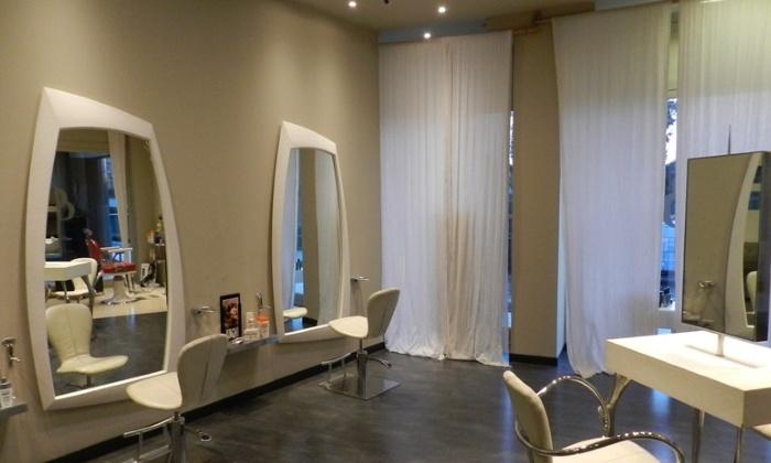 Dimensione Donna Carate - Carate Brianza: Taglio, piega e trattamenti specifici come colore, shatush e stiratura da 19,90 €