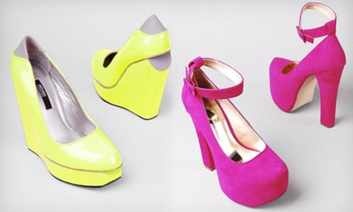Akira - Schaumburg: $15 for $30 Worth of Shoes and Accessories at Akira in Schaumburg