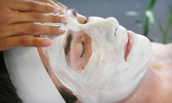 Facelogic (River Oaks) - Neartown/ Montrose: $29 for Signature Facial at Facelogic (River Oaks) ($59 Value)