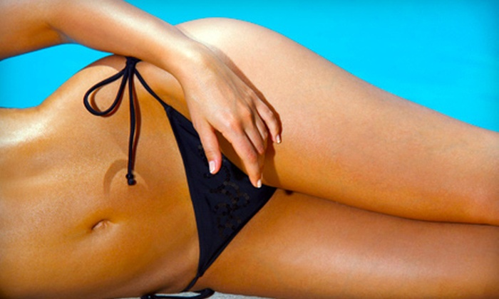 Transformate Fitness - Springfield: One or Three Custom Airbrush Spray Tans at Transformate Fitness in Holland (Half Off)
