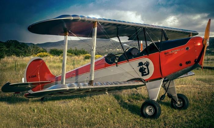 Golden Age Aviation - Aérodrome de Cuers-Pierrefeu Zone Civile: Jusqu'à 90 minutes de vol en biplan dès 65 € avec Golden Age Aviation