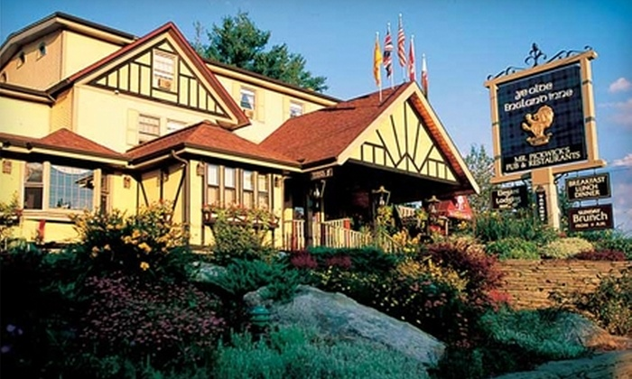 Ye Olde England Inne - Stowe: Stay in Bluff House Suite at Ye Olde England Inne in Stowe, Vermont. Choose Between Two Options.