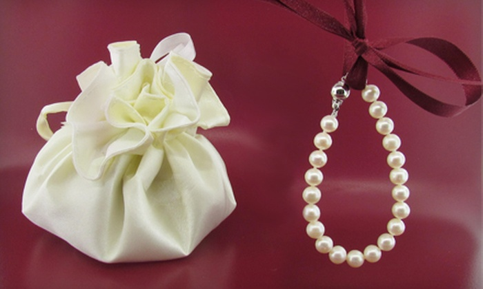 Wyatt Austin Jewelers - Schaumburg: $50 for a Freshwater-Cultured-White-Pearl Strand Bracelet at Wyatt Austin Jewelers in Schaumburg ($105 Value)