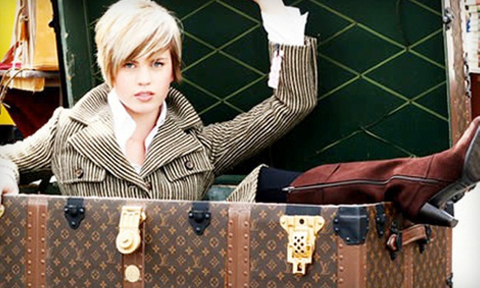 Randolph Street Market - West Loop: $4 for One-Day Admission to Modern Vintage Chicago Fashion Event or Holiday Market at Randolph Street Market (Up to $10 Value)