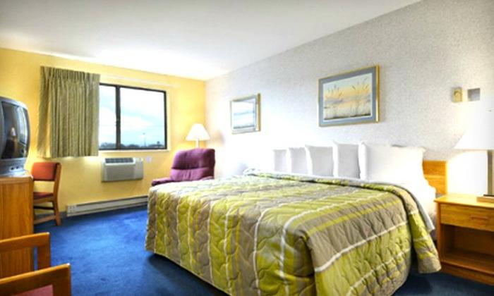 Days Inn Appleton - Appleton: $34 for a One-Night Stay for Up to Four at Days Inn Appleton (Up to $69.99 Value)