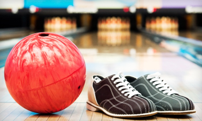 Freeway Lanes - Fresno: $9 for Bowling for Two at Freeway Lanes in Selma ($19 Value)