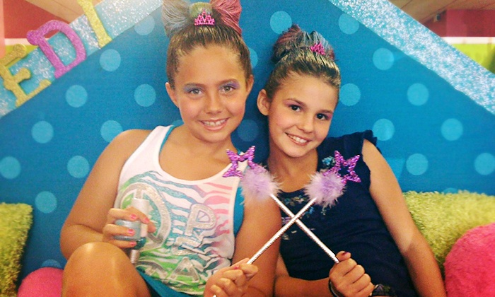 Hollywood Princess - Modesto: $11 for a Kids' Nail and Make-Up Package and Stuffed Animal at Hollywood Princess ($22 Value)