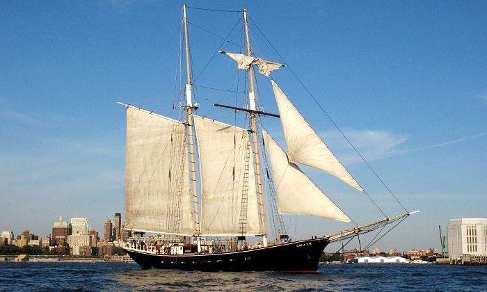 Manhattan By Sail - Battery Park: $45 for a Craft-Beer Cruise from Manhattan By Sail ($65 Value)