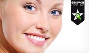 Buccaris: Limpieza bucal con fluorización, revisión y diagnóstico con radiografía por 12 €