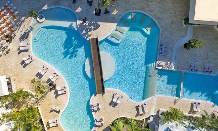 Emotions Beach Resort By Hodelpa Stay