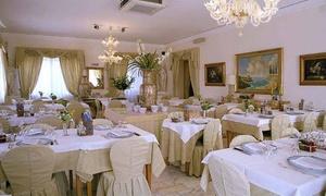 Ristorante Villa Rita: Menu di 4 portate con calice di vino e accesso alla piscina da Ristorante Villa Rita