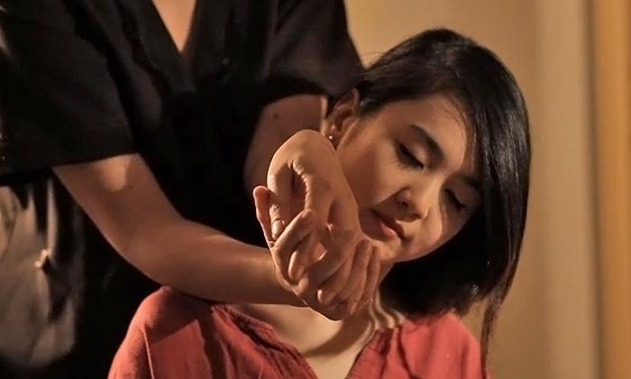 Fifth Avenue Thai Spa - Manhattan: $69 for One 60-Minute Massage at Fifth Avenue Thai Spa ($129 Value)