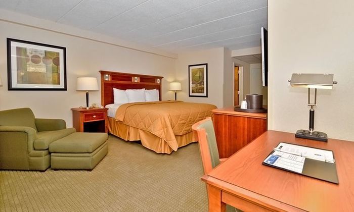 null - Washington DC: Stay at Comfort Inn Dulles International Airport in Herndon, VA. Dates Available into March