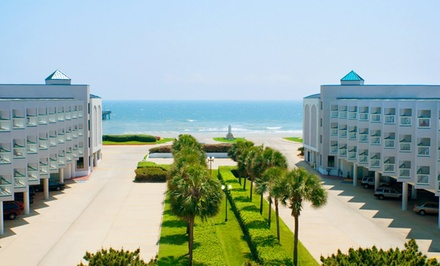 Stay with Optional Passes to Moody Gardens at Casa del Mar Beachfront Suites in Galveston, TX