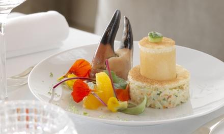 Menu Au fil des saisons et la sélection de fromages affinés pour 2 convives dès 99 € au restaurant étoilé Les 3 Dômes