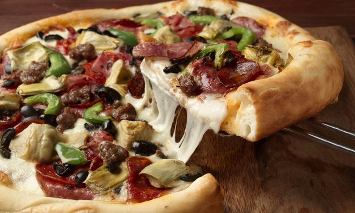 Pete's Restaurant & Brewhouse - Folsom: $14.75 for One Large Signature Pizza for Lunch at Pete's Restaurant & Brewhouse ($24.49 Value)