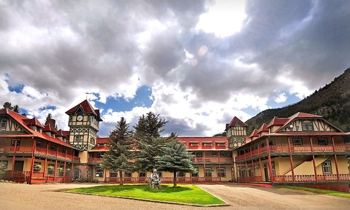 The Redstone Inn - Redstone, CO: 1- or 2-night Stay for Up to Four at The Redstone Inn in Redstone, CO