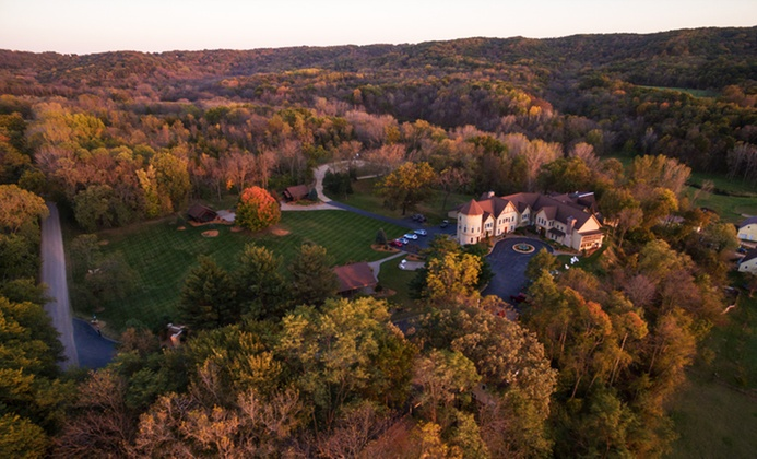Luxe 4-Star B&B on Mississippi River in Galena