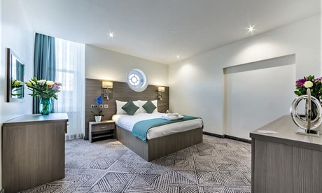London: 1-2 Nights for Two with Breakfast and Optional Dinner at The Lion and Key Hotel