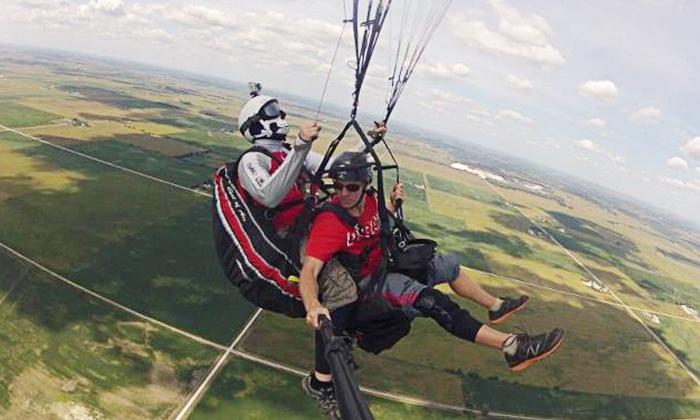 Chicago Paragliding - Cullom: $149 for a One-Hour Tandem Paragliding Experience from Chicago Paragliding ($300 Value)