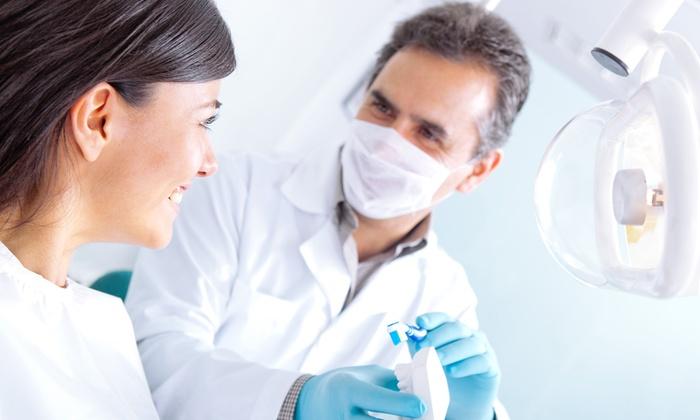 Cabano Maria Rosa - Genova: Una o 2 sedute odontoiatriche con igiene orale o in più sbiancamento LED da 29,90 €