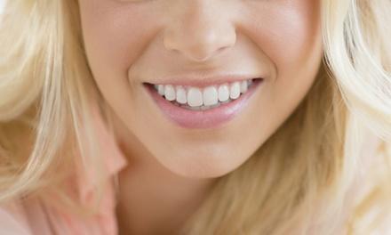 1 o 2 implantes dentales de titanio con corona de metal-porcelana desde 399 € en Ledicia