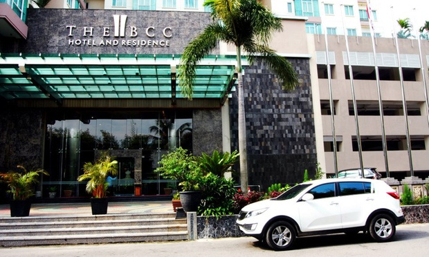 Batam 4* BCC Hotel + Ferry + Taxes 5
