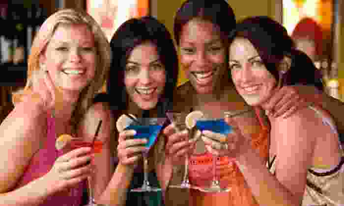 Girls Nite Out - Downtown Toronto: $29 for Four-Hour Ladies' Evening Boat Cruise from Girls Nite Out ($65 Value)