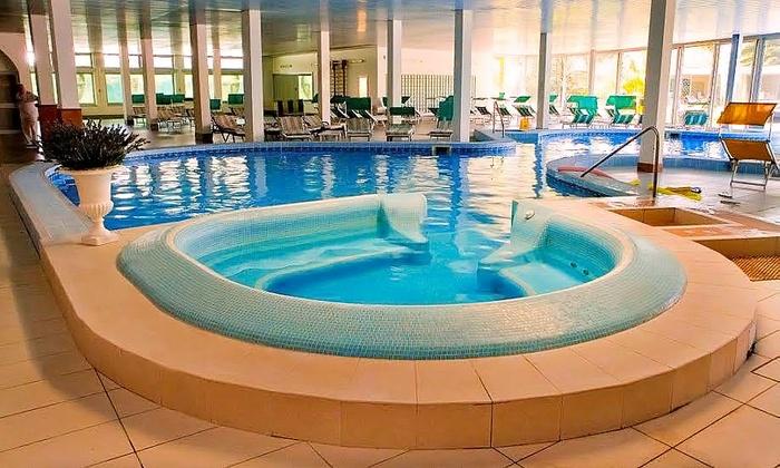 Ingresso spa per 2 ad abano terme hotel smeraldo spa wellness groupon - Abano piscine termali ingresso giornaliero ...