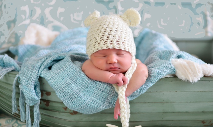 Tiny Toes Studios - Miami Springs: $99 for One-Hour Newborn Photoshoot at Tiny Toes Studios ($300 Value)