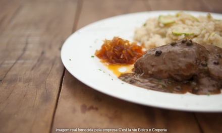 C'est la Vie Bistrô e Creperia – Asa Sul: jantar com entrada e prato principal para 2 ou 4 pessoas