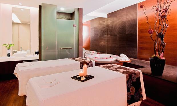 Singapore: 5* Award-Winning Hotel 2
