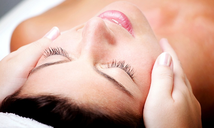 Absolute Beauty by Asa - Located Inside Blo: C$79 for a 90-Minute Organic Facial with a Massage at Absolute Beauty by Asa (C$160 Value)