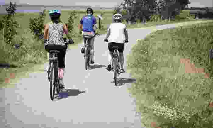 Summer Feet Cycling - Portland: $69 for Electric-Bike Lighthouse Tour with Lunch from Summer Feet Cycling ($125 Value)