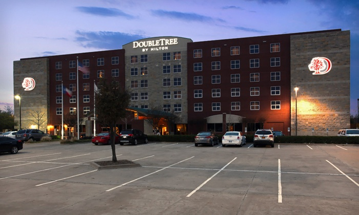 DoubleTree by Hilton Hotel Dallas-Farmers Branch - Farmers Branch: One- or Two-Night Stay at DoubleTree by Hilton Hotel Dallas-Farmers Branch in Greater Dallas, TX