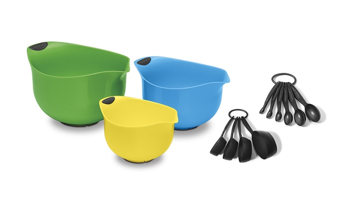 Cuisinart Mixing Bowls and Measuring Set: Cuisinart Mixing Bowls and Measuring Set. Free Shipping and Returns.