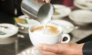 Centrum Edukacji Żelazna: Kurs baristy lub latte art (99,99 zł), barmana (199,99 zł) w Centrum Edukacyjnym Żelazna