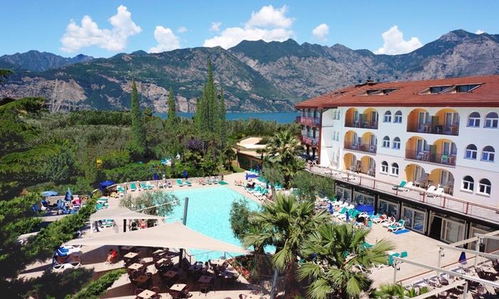 7 Nachte Gardasee Im 4 Hotel Mit Halbpension Plus Parken Groupon