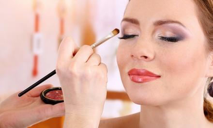 60- oder 120-minütiger Make-up-Workshop für 1 oder 2 Personen im Fingernagelstudio Litza ab 18,90 € (bis zu 77% sparen*)