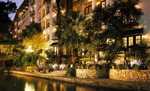 4-Star Omni Hotel in San Antonio