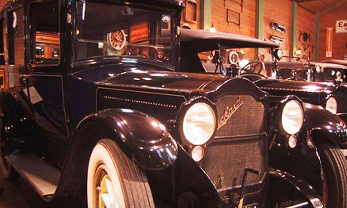 Fort Lauderdale Antique Car Museum - Poinciana Park: $8 for Admission for Two to the Fort Lauderdale Antique Car Museum (Up to $16 Value)