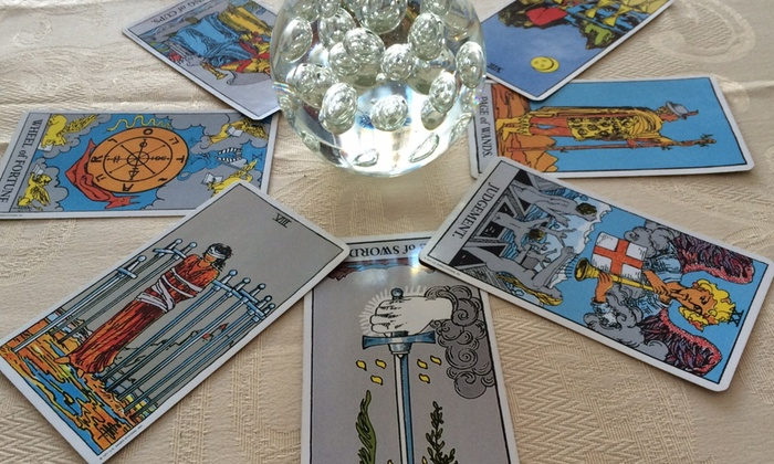 Luna's Psychic Readings - Plaistow: $40 for Palm and Tarot Readings at Luna's Psychic Readings