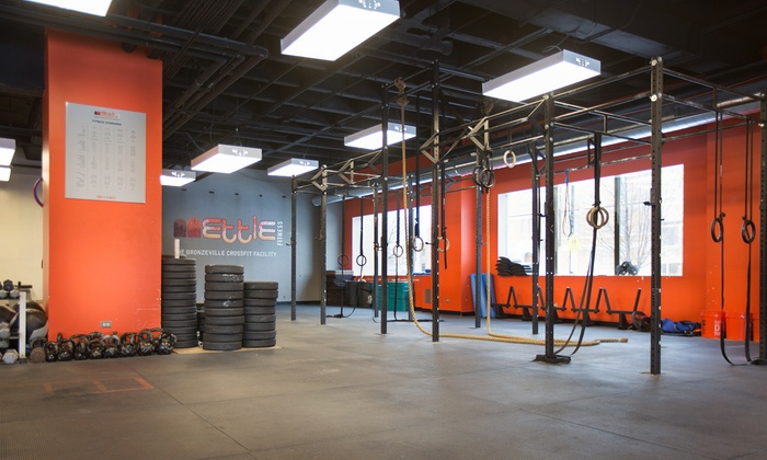 Mettle Fitness - Bronzeville: $79 for One Month of Unlimited CrossFit Classes at Mettle Fitness ($165 Value)