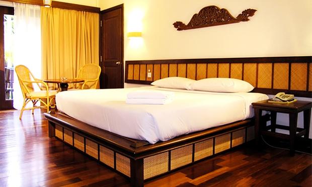 Redang: Resort + Coach + Snorkel 1