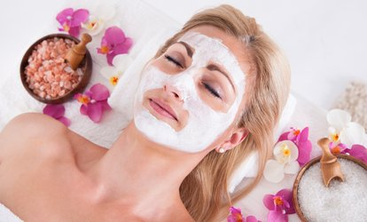 image for Rosemary Facial (£14) With Manicure (£19) and Pedicure (£24) at Dyenamix Hair & Beauty (Up to 75% Off)
